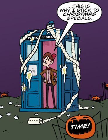 File:TARDIS Tepeed Wholloween.jpg