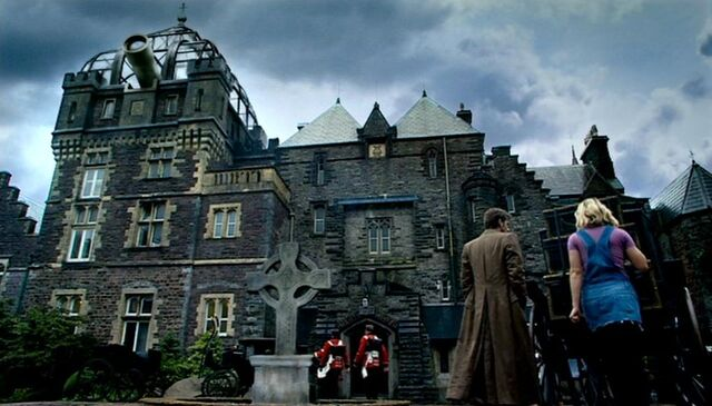 File:Torchwood House.jpg