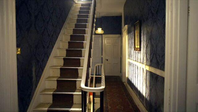 File:Amy's house hallway.jpg