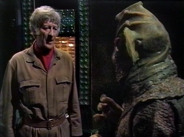 File:Silurian and the Doctor.jpg