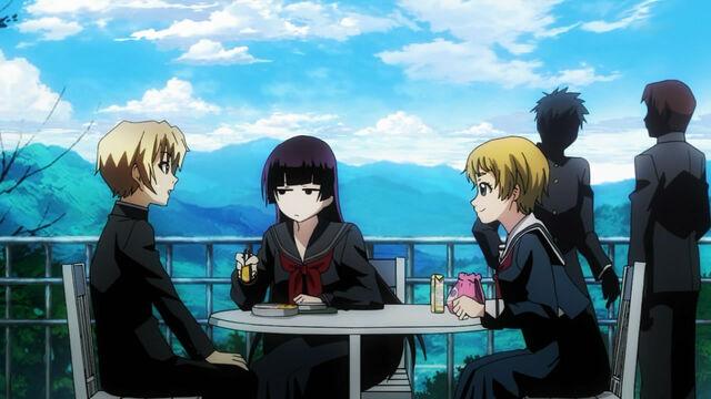 File:Momoe intrudes on yuuko teiichi lunch.jpg