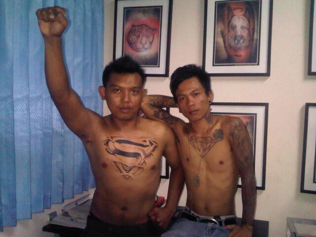 File:Tattoo Superman & Diamond.jpg