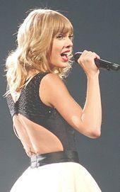 File:Taylor Swift performing.jpg