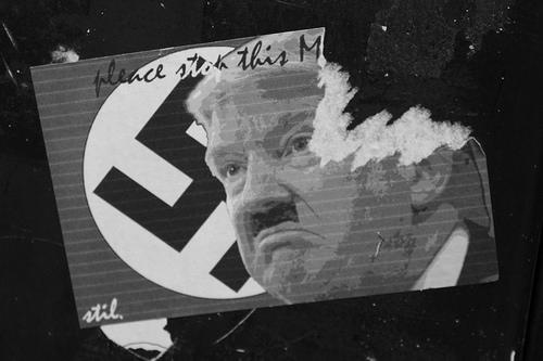 File:Signpost Sticker in Belgium.jpg