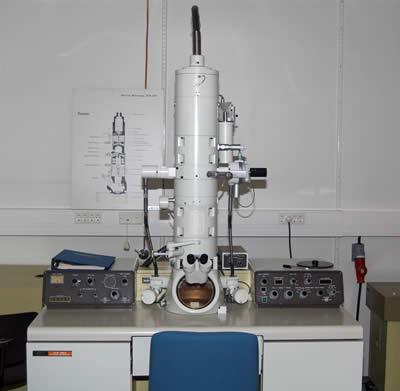 File:Electron-microscope.jpg