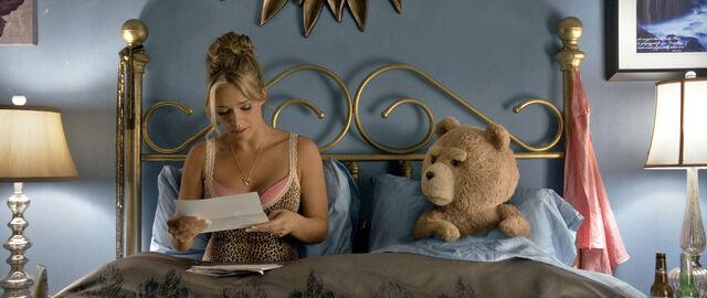 File:Ted 2 Promo still 005.jpg