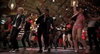 Teen beach movie trailer capture 66