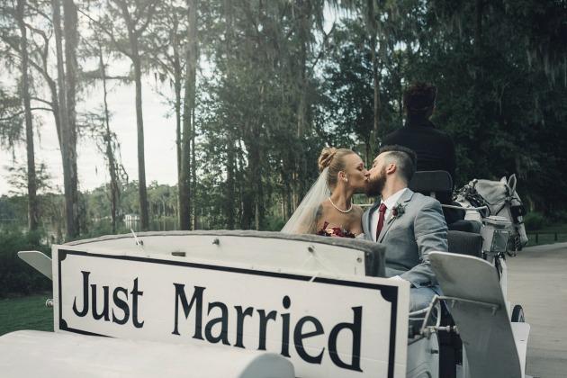 File:Maci-Taylor-Wedding-11.jpg