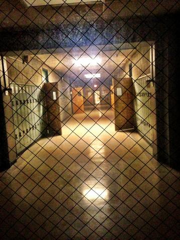 File:Teen Wolf Behind the Scenes Season 3 School Hallway.png