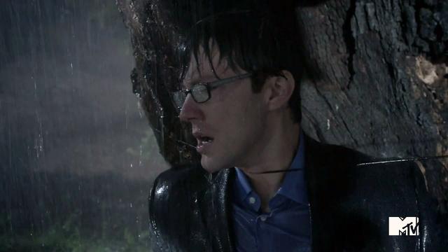 Archivo:Teen Wolf Season 3 Episode 4 Unleased Adam Fristoe Adrian Harris Death Scene.png