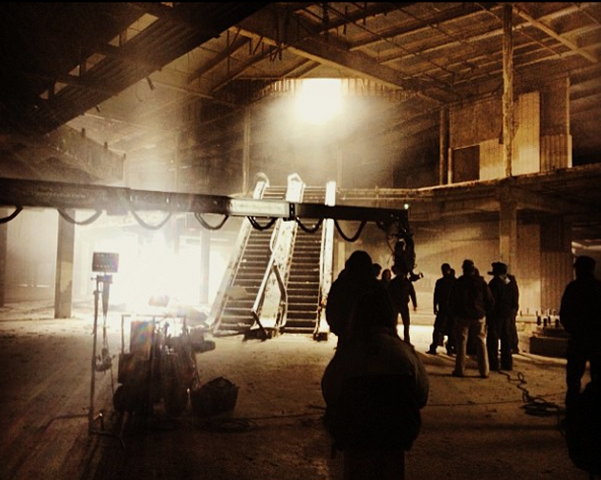 File:Teen Wolf Wikia Season 3 Behind the Scenes Abandoned Mall Hawthorne California.png