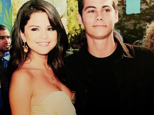 File:Selena and Stiles.jpg