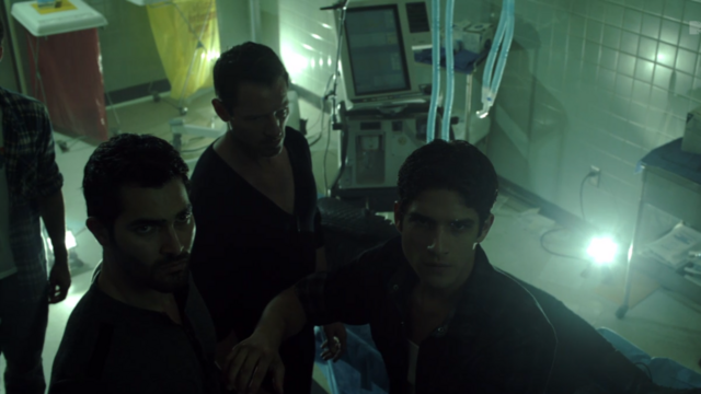 File:Teen Wolf Season 3 Episode 10 The Overlooked Tyler Posey Tyler Hoechlin Ian Bohen Hospital announcement.png