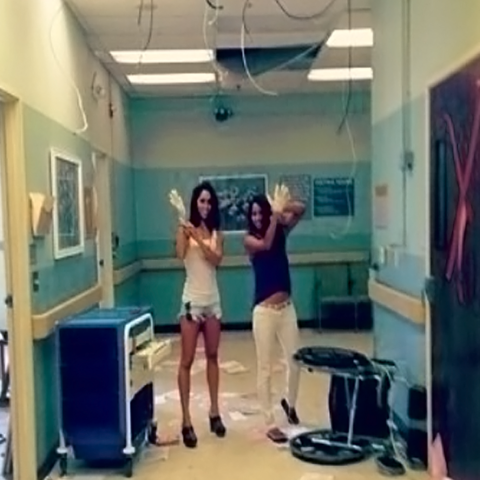 File:Teen Wolf Season 3 Behind the Scenes Beacon HIlls Hospital Nihan Gur and Musictoyoureyes.png