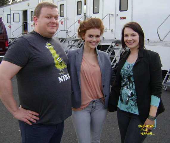 File:Teen Wolf Behind the Scenes Reviews for Humans Set Visit Holland Roden.png