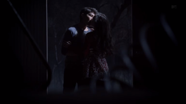 File:Teen Wolf Season 3 Episode 8 Visionary Madison McLaughlin Ian Nelson Paige and Young Derek.png