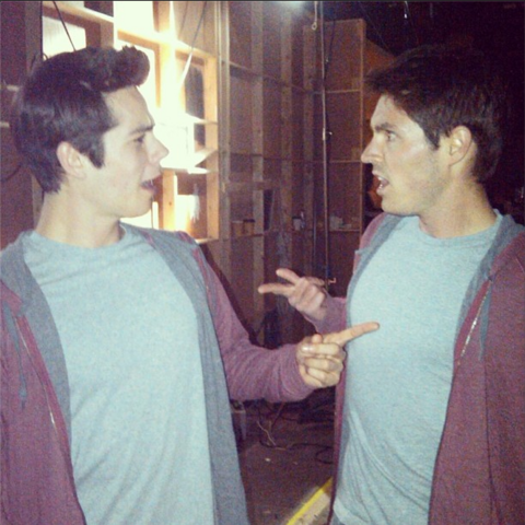 File:Teen Wolf Season 3 Behind the Scenes Dylan O'Brien and standinTyler Schnabel.png