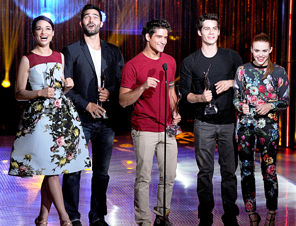 File:Teen Wolf Season 3 Behind the Scenes Young Hollywood MTVStyle Coverage.png
