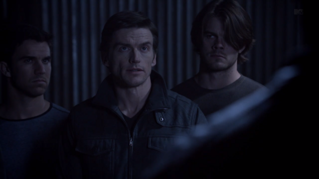 File:Teen Wolf Season 3 Episode 8 Visionary Gideon Emery Deucalion with pack.png
