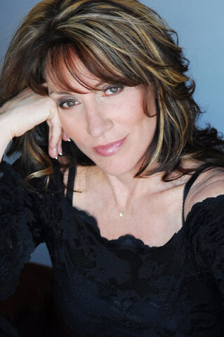 File:Katey-sagal-captioned.jpg