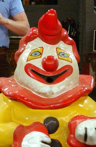 File:Falso burger mascot.jpg