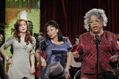 File:Della Reese on That's So Raven.jpg