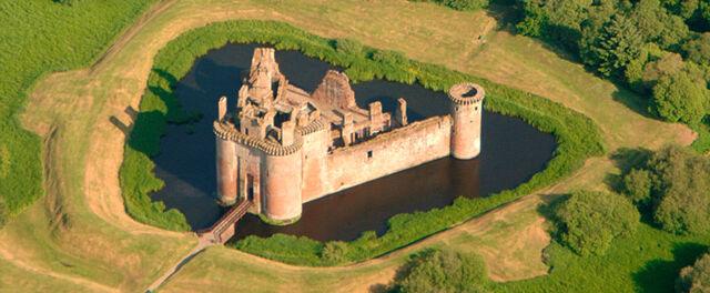 File:Castle.jpg