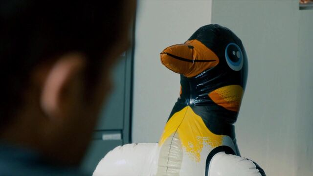 File:1x02 ThePenguin.jpg