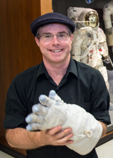 File:Andy Weir.png