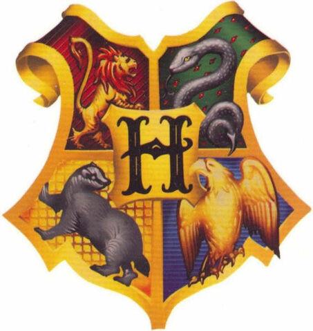 File:Hogwarts crest by negrapadfoot.jpg