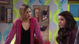 Ct Riley asks Skylar about her bullying Piper