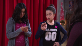 Ct Piper and Sloane read Skylar's texts