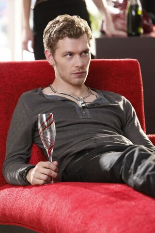 File:600full-joseph-morgan.jpg
