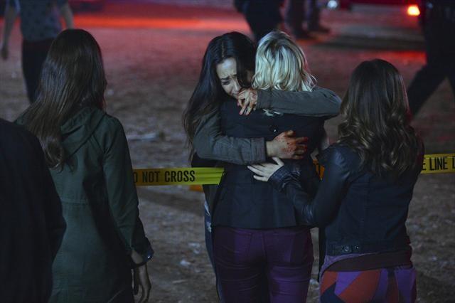 File:Sophia hugs Bex.jpg