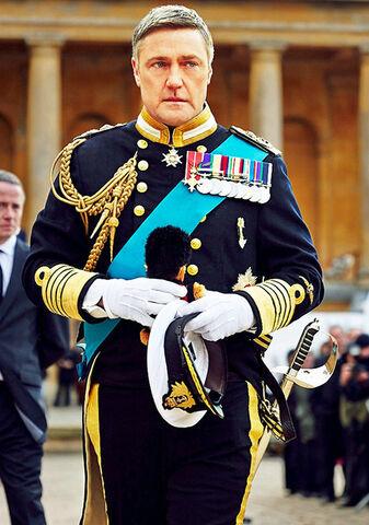 File:Royals-king-simon-inline.jpg