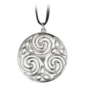 File:Celtic Triple Spiral Necklace.jpg