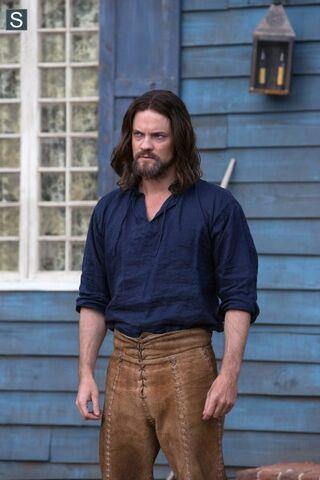 File:Salem - Episode 1.02 - The Stone Child - Promotional Photos (6) 595 slogo.jpg