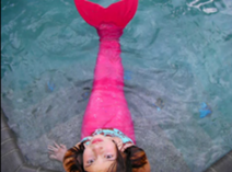 File:Amy in the pool.png