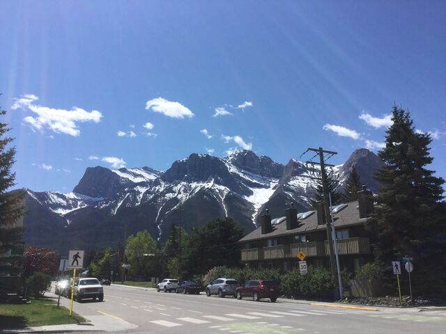File:Canmore2017-2.jpg