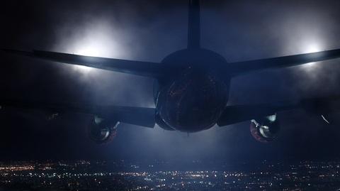 File:The-Strain-flight-753.jpg