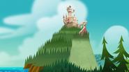 S1e24 castle appears