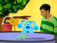 Blue's Clues Shovel and Pail with Lizard