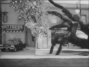 File:1389726933-earth-vs-the-spider-1958.jpg