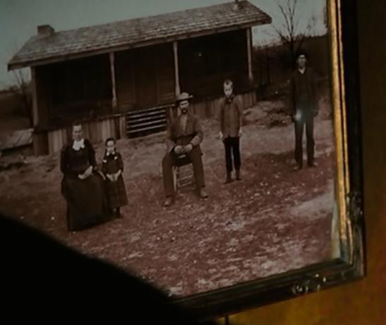 File:Buckner Family Portrait.jpg