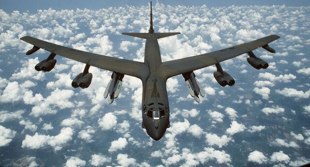 File:Boeing B-52 Bomber.jpg