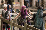 Descendants-2-Still-4