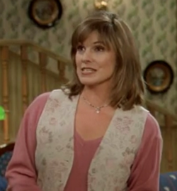 Susan Saint James as Lynn O'Brien