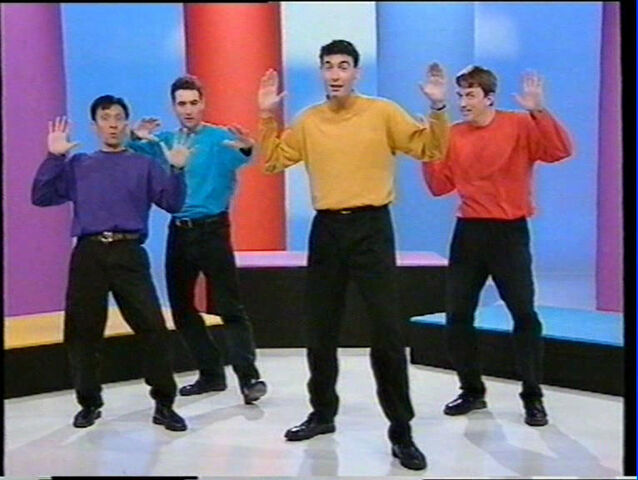 File:The Wiggles' Statue Skit.jpg
