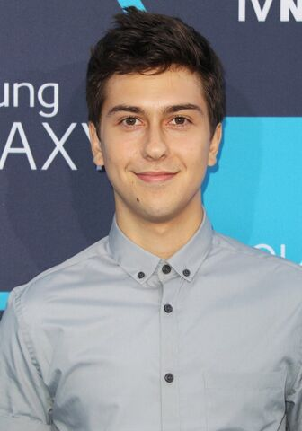 File:Nat-wolff-16th-annual-young-hollywood-awards-01.jpg