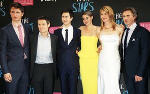TFIOS-cast-at-the-NY-premiere-the-fault-in-our-stars-37181776-1000-628